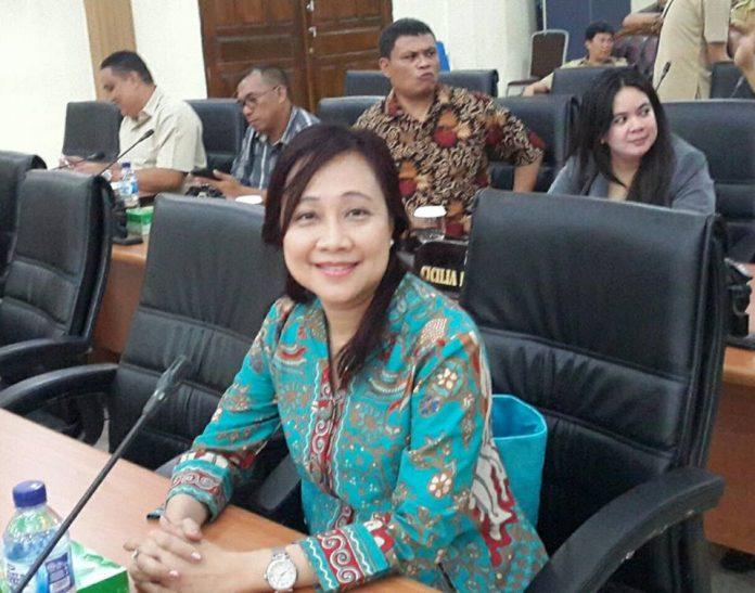 Ketua Komisi C Lily Binti