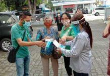 kagama manado dan pewarna sulut bagikan masker dan pelindung wajah